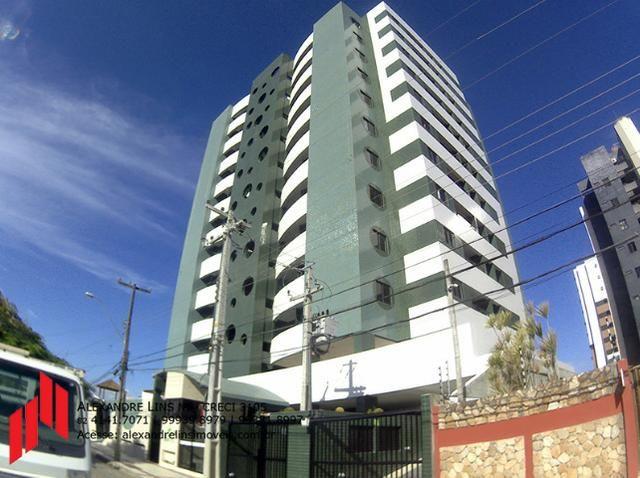 Edifício Green Tower, Excelente Apartamento com 2/4, Nascente, Semi-mobiliado