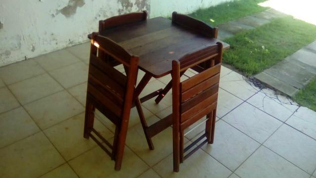 03 jogos de mesa c 4 cadeiras