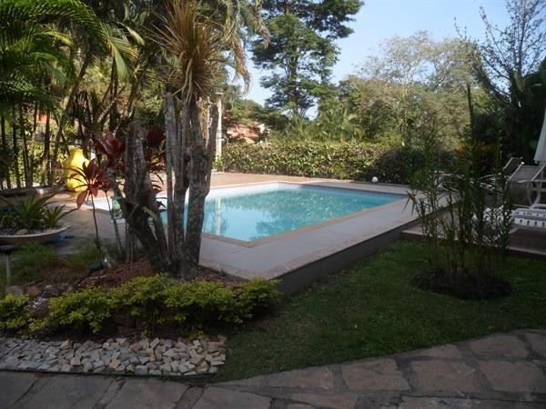Condomínio, Itaipu, 4 Quartos, 2 suítes, 400 metros de construção, casarão - Foto 2