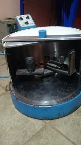 Centrífuga para laboratório de prótese
