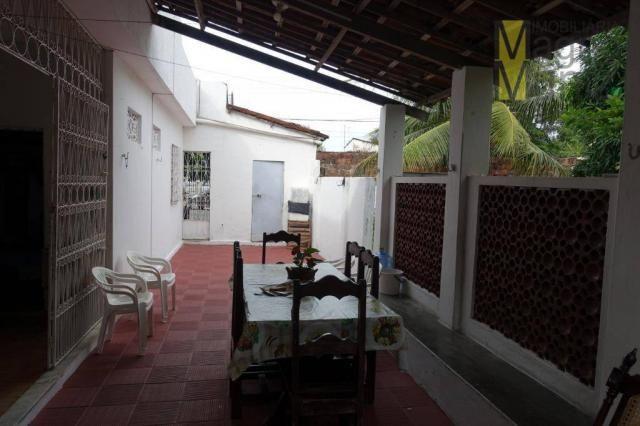 Excelente casa com ótima localização, situada á poucos metros do aeroporto. - Foto 8