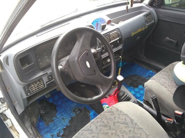 Vendo ou troco num carro mais novo gol,uno,palio.etc - Foto 10