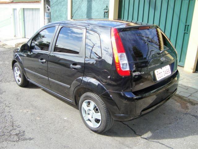 Ford Fiesta class flex 4 portas troco carro mais caro - Foto 4