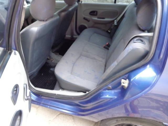 Renault Clio 1.0 Sedan - 2005 - Foto 7