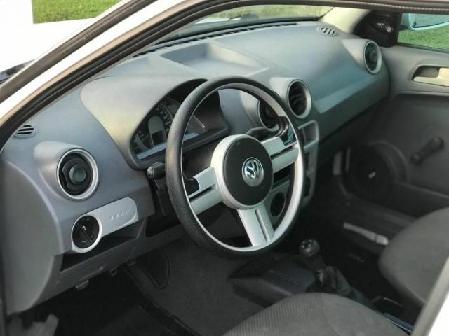 Volkswagen Saveiro 1.6 basica - Foto 6