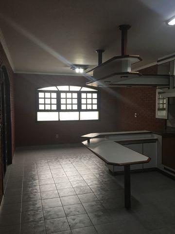 Casa 300 m2 - 5 Garagens - Independência - Foto 2