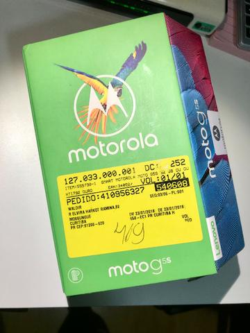 Celular Motorola G5S em estado de novo