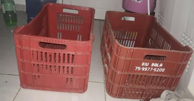 2 Caixotes para armazenar alimentos