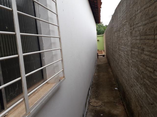 Vende-se ótima casa no bairro DNER, 3 quartos, 3 banheiros. ótimo preço 200 mil - Foto 20