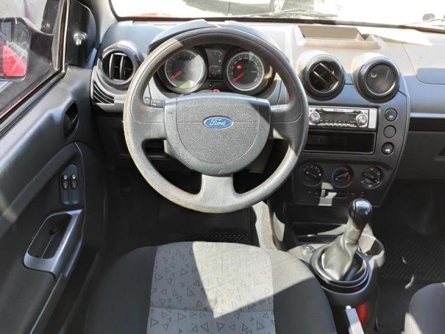 Ford Fiesta 1.0 Mpi Sedan 8v - Foto 5
