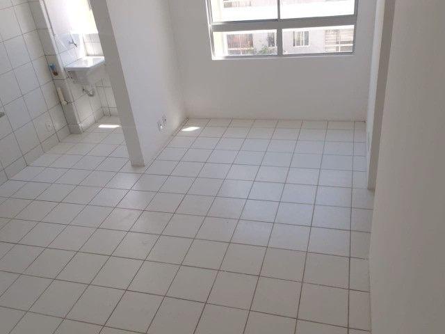 Apartamento para alugar no Janga, 2 quartos com piscina - Foto 2