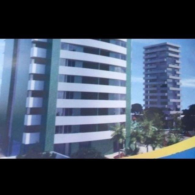 Excelente apartamento em prédio com infraestrutura completa - Foto 2