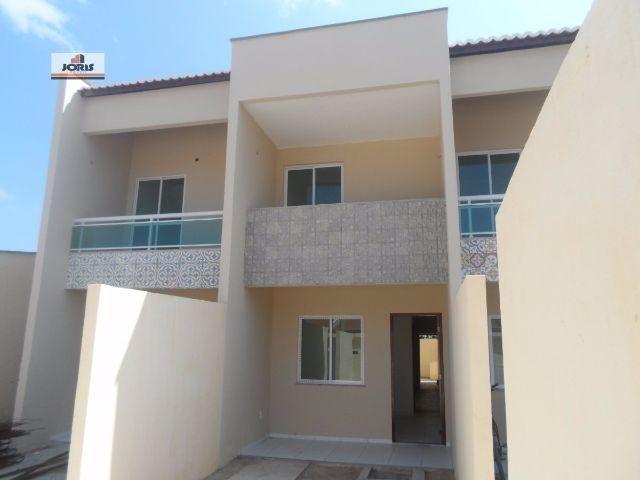 Casa Duplex com três quartos em Horizonte-Ceará