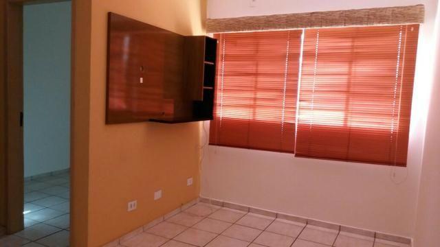 Apartamento - Av. Três Barras - 2 Quartos