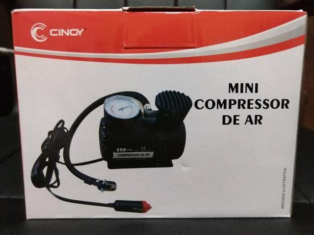Mini compressor portátil