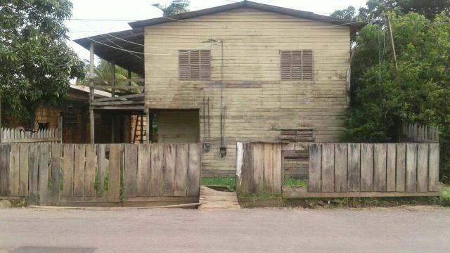 Vende-se um terreno no Buritizal