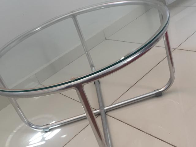 Mesa de centro em alumínio