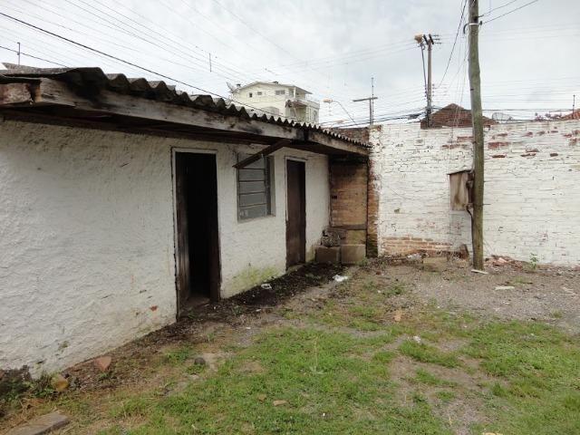 Pavilhão p/ estacionamentos, terreno e casa Centro 620 m2 Caxias do Sul - Foto 5