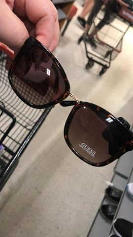 af2b27198ffcc Óculos de Sol Guess novo - Bijouterias