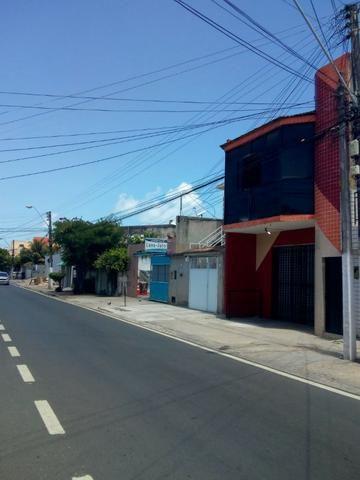 Prédio Comercial 320 m² na Pajuçara - Maceió -AL