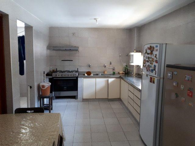 250 m², 3 suítes, gabinete, dependência, 3 vagas - Foto 11