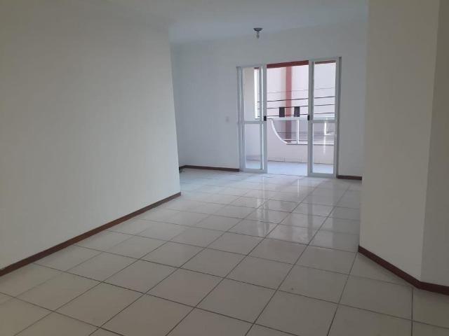 Apartamento na quadra do mar   03 quartos   Itapema, Meia Praia SC