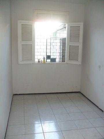 Excelente casa, com 04 quartos no Cambeba - Foto 8