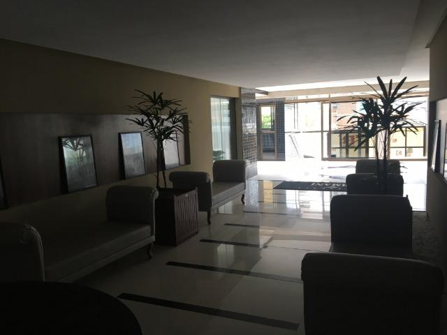 Na Ponta Verde com 99m², 03 Quartos e 02 vgs de garagem . Aceita Financiamento Bancário - Foto 10
