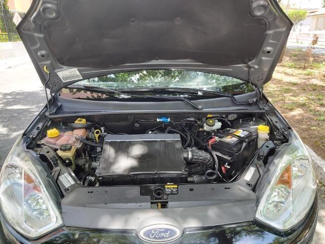 Fiesta Class 1.6 Hatch Completo - Foto 4