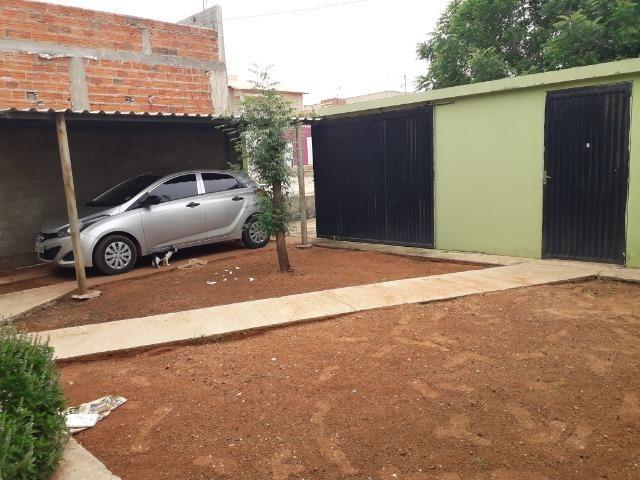 Vende-se ótima casa no bairro DNER, 3 quartos, 3 banheiros. ótimo preço 200 mil - Foto 4