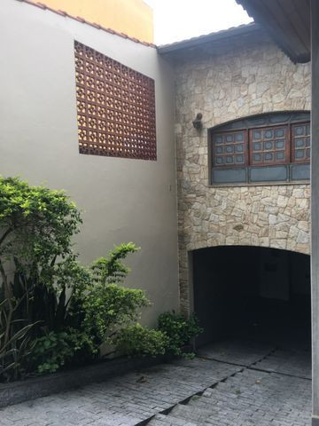 Casa 300 m2 - 5 Garagens - Independência