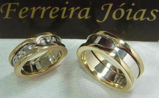 Alianças de ouro 18k BVLGARI ouro branco e amarelo com diamantes naturais  - Foto 2