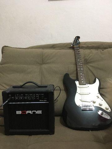 Guitarra Eagle anos 2000 + amplificador