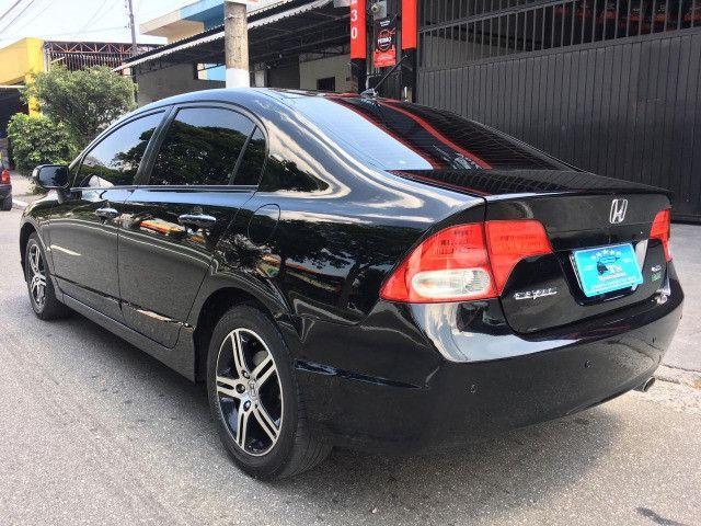 Civic Exs 1.8 16V i-Vtec Aut. Flex 2011 **Super Conservado** - Foto 2