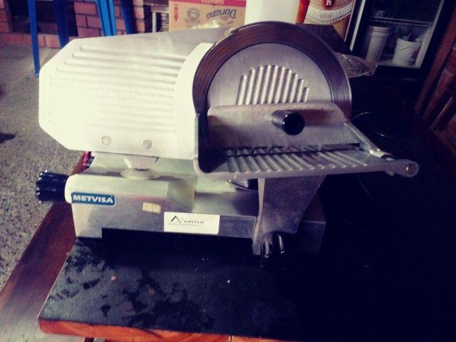 Vende se fatiador de frios manual - Foto 4