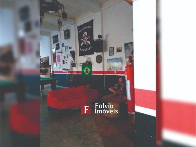 Prédio Comercial e Residencial, 1 Loja e 4 Kitnets em ADE Águas Claras. - Foto 2