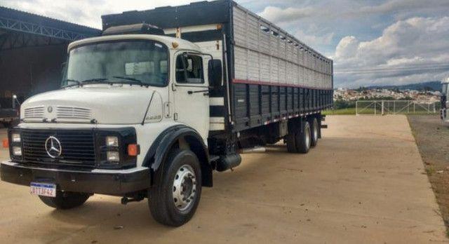 Caminhão 2225 boiadeiro  - Foto 2