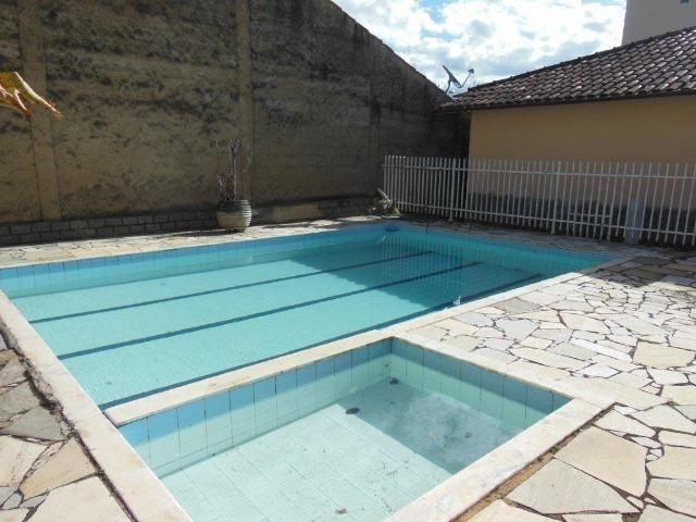 Casa com piscina, terreno 625m, Caieiras, São João del-Rei
