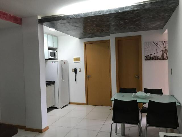 Apartamento com 2/4 ponta negra mobiliado