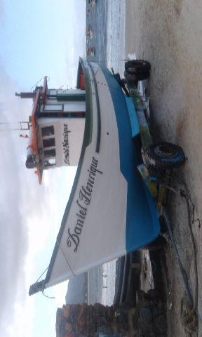 Casco de barco de madeira