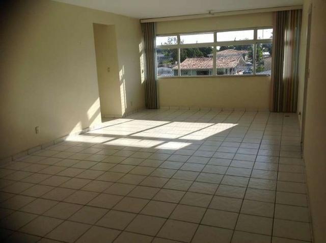Apartamento no bairro da Gruta - 3/4 sendo 01 suíte com 145 m² !