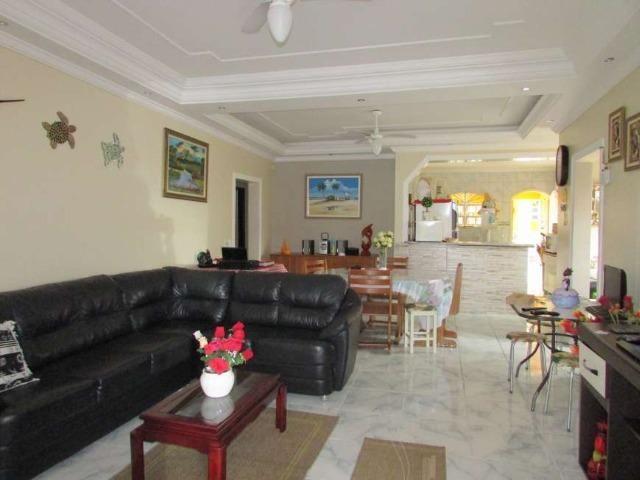 23- Casa á venda com 320 metros quadrados, 3 dormitórios - Foto 6