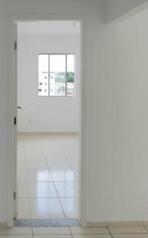 ALUGO - Apartamento Cond. Clube Ouro Negro - Foto 2