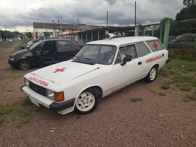 Caravan ambulância legalizada em dia guaiba