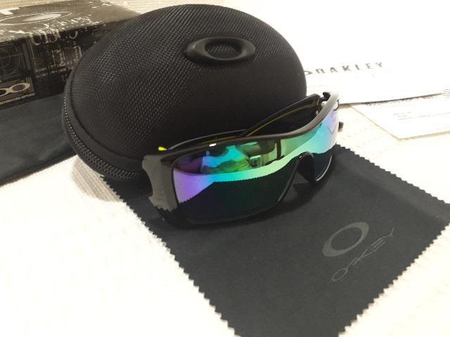 abac3a0559200 Óculos Oakley Batwolf Valentino Rossi VR46 Matte Black Safira Polarizado -  Importado