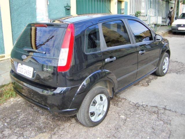 Ford Fiesta class flex 4 portas troco carro mais caro - Foto 5