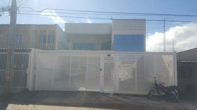 Setor Leste QD 26, Sobrado Novo com 5qts (3 suítes) estudo troca por apartamento - Foto 2