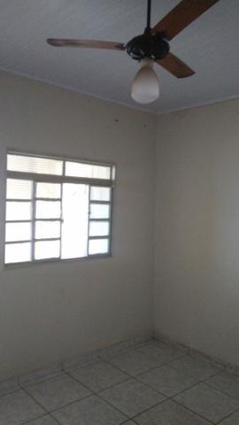 Alugue casa 01 dormitório bairro jd viena - Foto 6