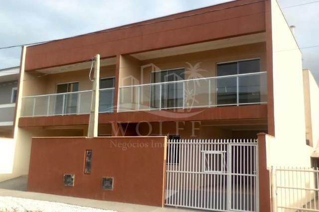 JD77 - Sobrado Geminado de 02 quartos sendo 01 suíte em Balneário Piçarras/SC