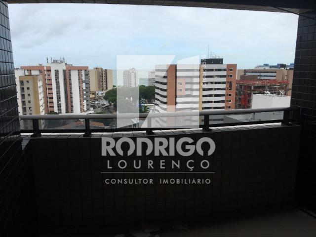 Na Ponta Verde com 99m², 03 Quartos e 02 vgs de garagem . Aceita Financiamento Bancário - Foto 17